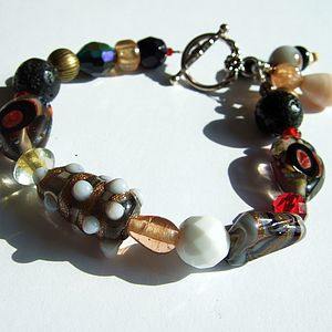 Black And Red Glass Beaded Bracelet - bracelets & bangles
