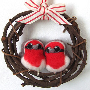 Robin Pair Christmas Wreath - wreaths