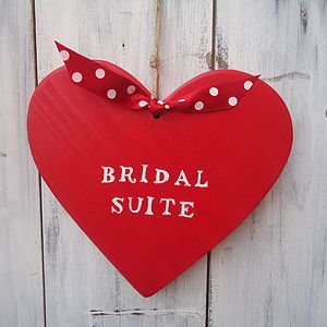 'Bridal Suite' Hanging Heart Decoration