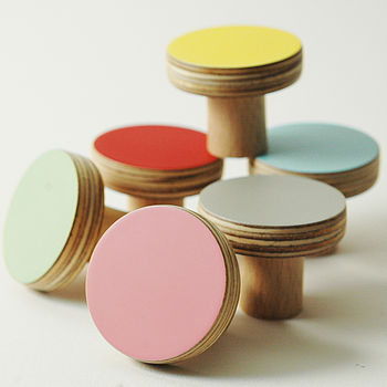 Wooden Door Knobs Colours