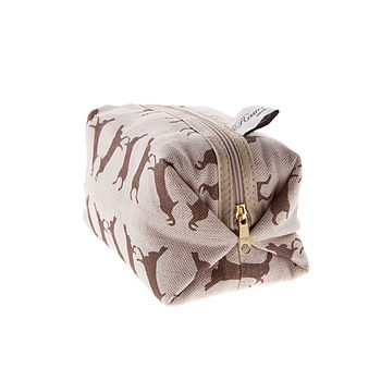 Boxing Hare Box Cosmetic Bag