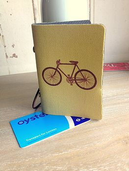 Card Holder With Vintage Bicycle Design