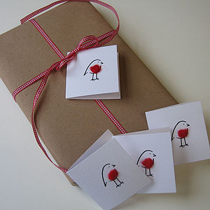 Christmas Robin Tags - ribbon & wrap