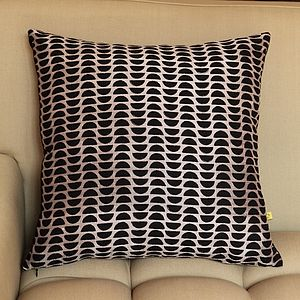 Kochi Sliced Dots Silk Print Cushion Cover - living room