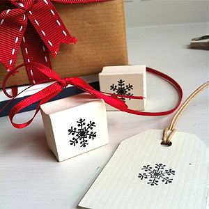 Mini Nordic Snowflake Wooden Stamp - finishing touches