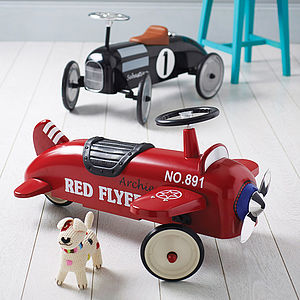 Retro Style Racing Ride On Car - gifts under £100