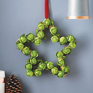 Star Brussels Sprout Wreath - bright christmas