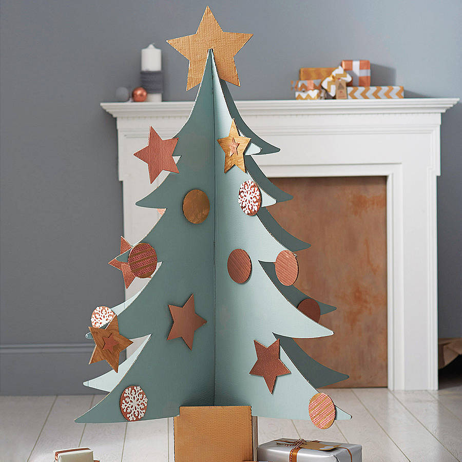 Giant cardboard christmas tree by letterfest for Adornos colgar pared