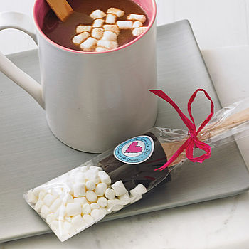 Hot Chocolate Dippers With Marshmallows