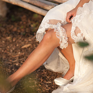 Classic Lace Garter - wedding fashion
