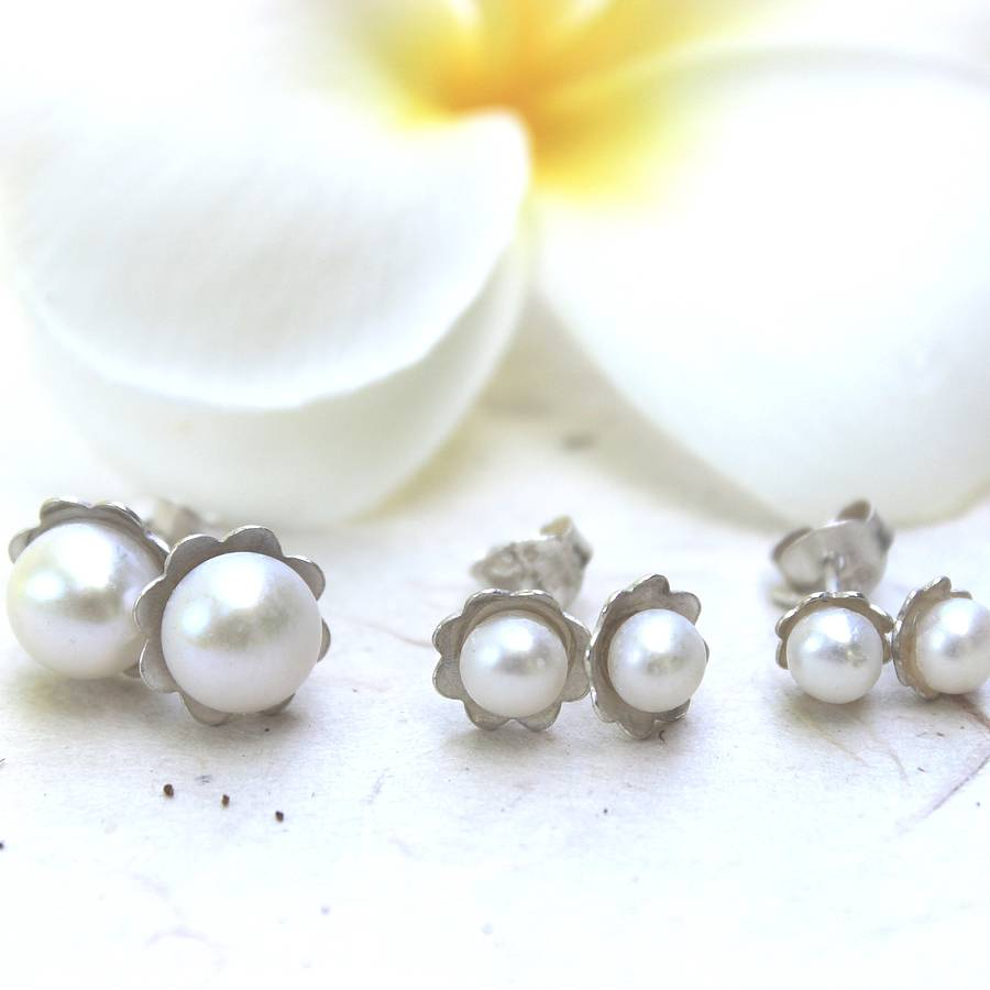 overtone shape colour cream pearl quality en shaw lustre round ear lucy princess rating perfectly jacqueline size studs aaa freshwater excellent earrings stud white