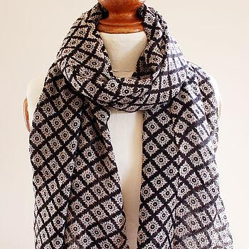 Black Diamond Pure Wool Scarf