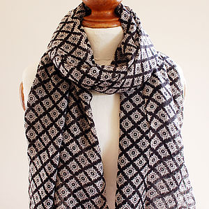 Black Diamond Pure Wool Scarf - hats, scarves & gloves