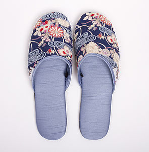 Kimono Slippers In A Draw String Bag Mizu