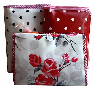 Oilcloth Wash Bag Folding - washing & bathing