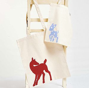 Deer And Fawn Tote Bags
