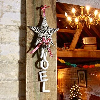 Willow Star Hanger With Noel Letters