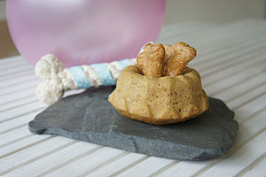 Chicken And Flaxseed Dog Celebration Cake - food, feeding & treats