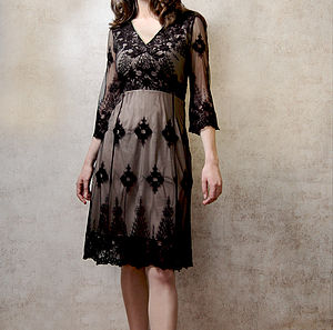 Elegant Dress With Sleeves In Black Embroidered Lace - evening dresses