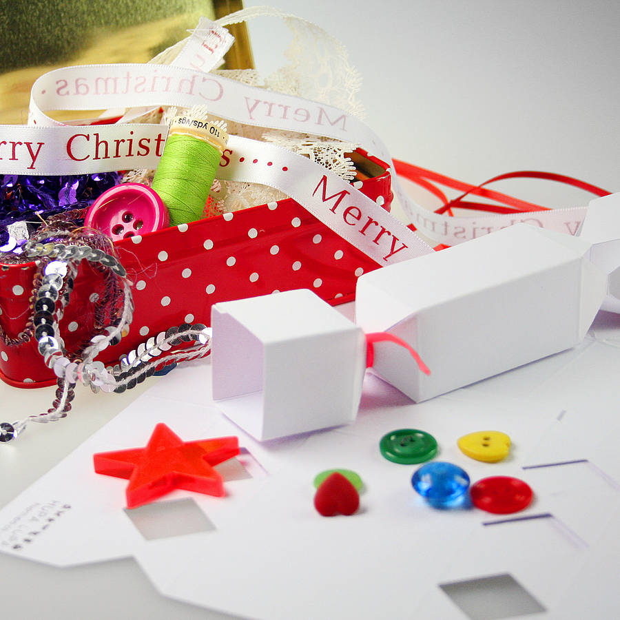 Decorate Your Own Crackers By Hupa Lupa