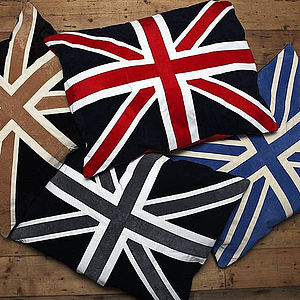 Union Jack Dog Doza - beds & sleeping
