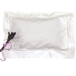 English Organic Lavender Pillow - bedroom