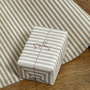 Two Pk Stripe Gift Wrap Set