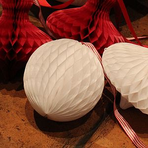 Honeycomb Decoration Sm White Balls - room decorations