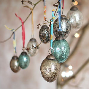 Embossed Glass Christmas Bauble  Set Of Four