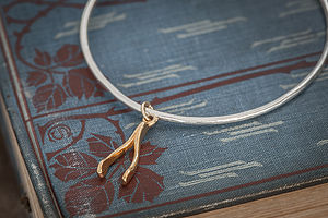 Gold Wishbone Bangle