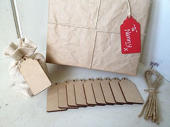 10 X Plain Wooden Gift Tags