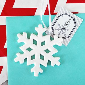 Porcelain Snowflake Ornament - wedding favours