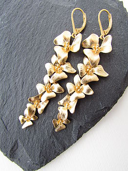 Gold Fivefold Flower Earrings