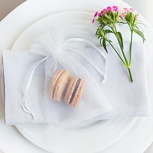10 Macaron Organza Wedding Favours - edible favours