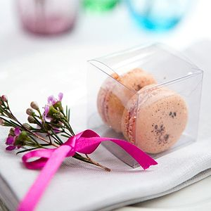 10 Macaron Wedding Favours - edible favours