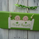Twin Door Sign_Apple