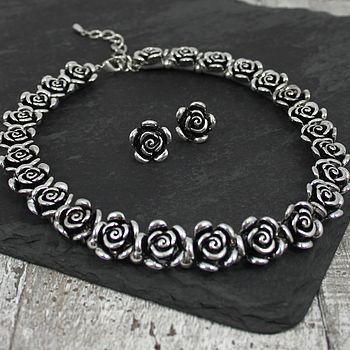 Metal Rose Necklace And Earrings Set