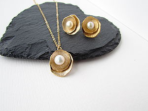 Gold Ivory Pearl Jewellery Set - women's jewellery