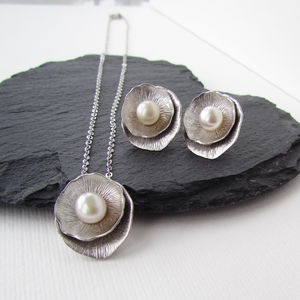 Silver Ivory Pearl Jewellery Set - earrings