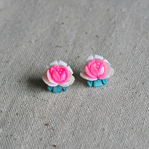 Vintage Rose Earrings - earrings