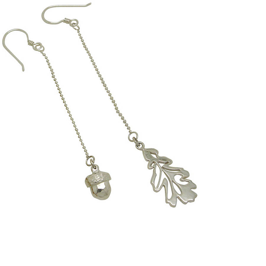 Oak And Acorn Mismatched Chain Drop Earrings