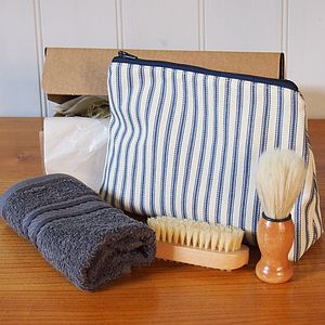 Men's Wash And Shave Bag Gift Set - shaving