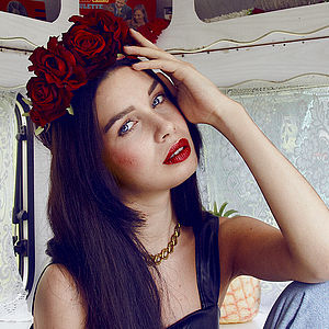 Beatrice Oversized Floral Crown Headband