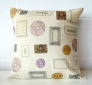 Scattered Biscuit Cushion