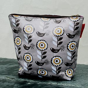 Dove Print Wash Bag - wash & toiletry bags