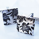 Thumb bee silver square cufflinks