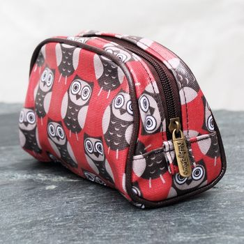 Red Owl Print Make Up Bag