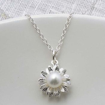 Sterling Silver Daisy Pearl Necklace