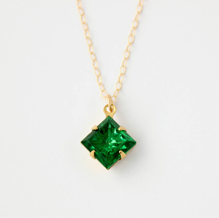 emerald green pendant necklace by beadin nora