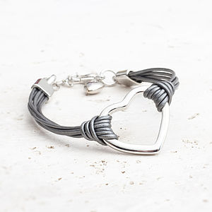 Lexi Leather Heart Bracelet - gifts under £25 for her